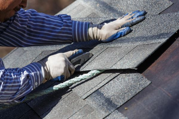 Common Roof Problems Homeowners Experience