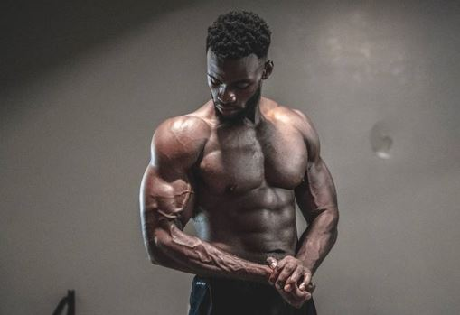 Expert Tips on How to Build Bigger Arms Fast