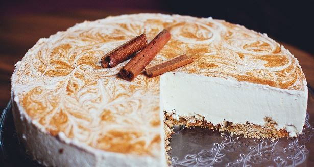 6 best cakes to buy from an online bakery