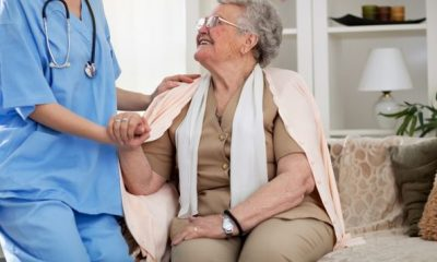 5 Important Qualities of a Professional Home Health Aide