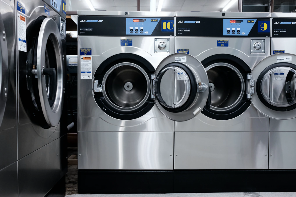 Home Laundry vs. Commercial Laundry