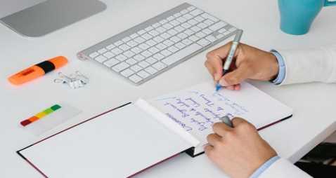 Make the best Advisor Business Plan for Financials