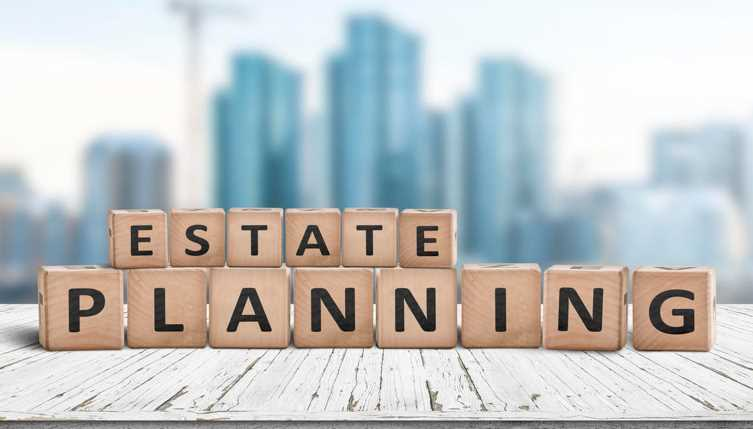 How Using a Financial Advisor for Your Estate Planning Can Benefit You